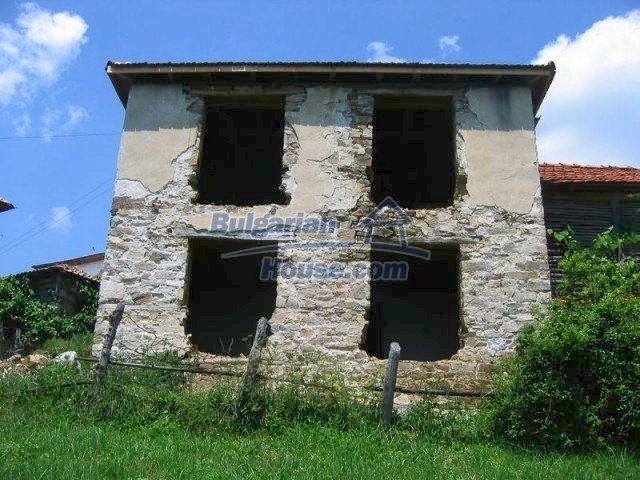 10819:6 - Rural stone-built two-storey house near a ski resort!