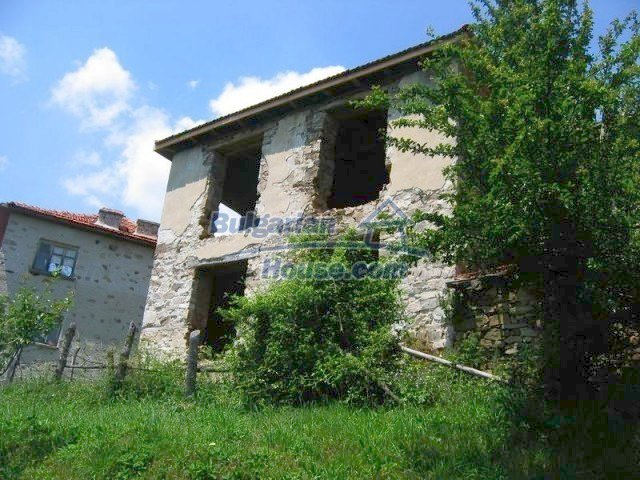 10819:7 - Rural stone-built two-storey house near a ski resort!