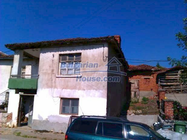 10822:3 - Two-storey house in good condition in Ivaylovgrad town