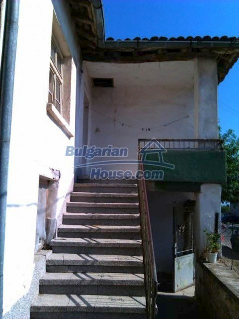 10822:9 - Two-storey house in good condition in Ivaylovgrad town