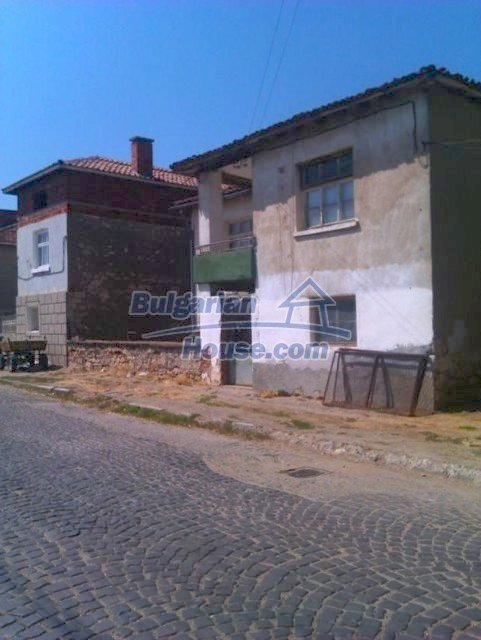 10822:13 - Two-storey house in good condition in Ivaylovgrad town