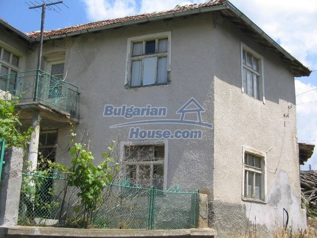 10825:5 - Well maintained stone-built two-storey house,Ivailovgrad region