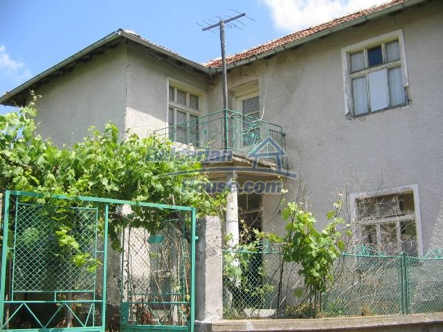 10825:6 - Well maintained stone-built two-storey house,Ivailovgrad region