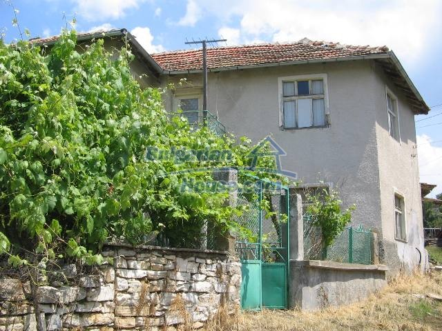 10825:7 - Well maintained stone-built two-storey house,Ivailovgrad region