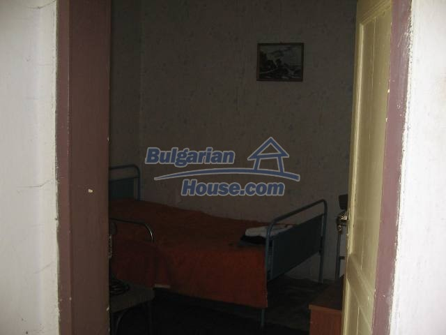 10825:19 - Well maintained stone-built two-storey house,Ivailovgrad region