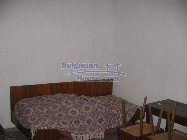 10825:27 - Well maintained stone-built two-storey house,Ivailovgrad region