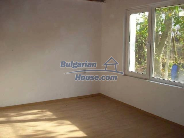 10826:4 - Entirely repaired two-storey house in Elhovo region