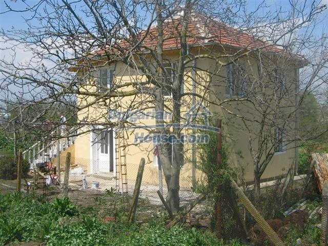 10826:18 - Entirely repaired two-storey house in Elhovo region