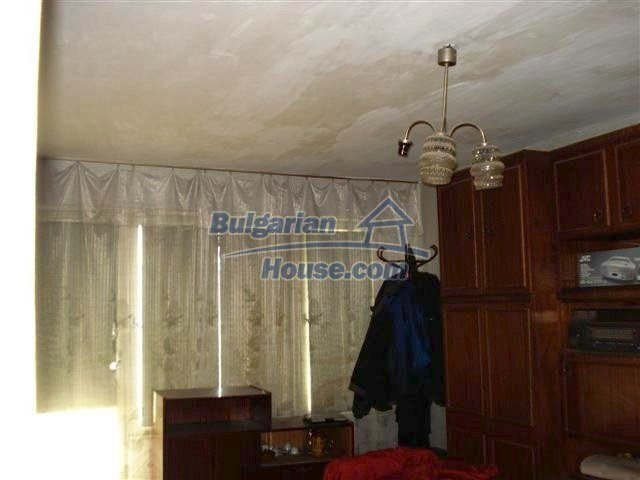 10832:1 - One-bedroom apartment near the town center, Elhovo