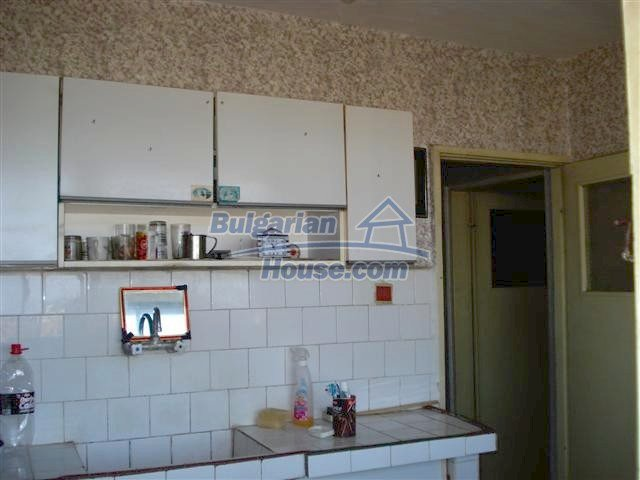 10832:8 - One-bedroom apartment near the town center, Elhovo