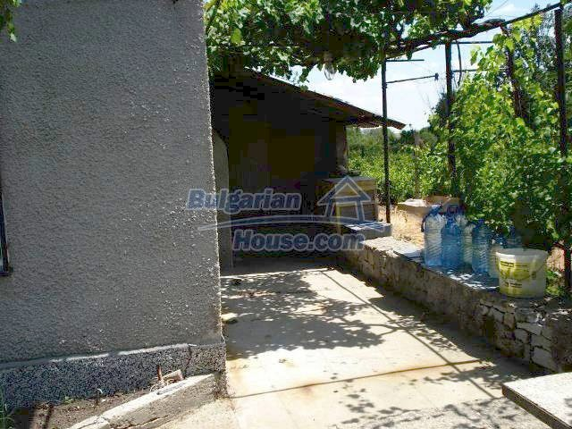 10833:6 - Two-storey house with a huge garden and a fireplace, Elhovo