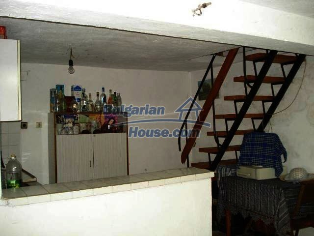 10833:7 - Two-storey house with a huge garden and a fireplace, Elhovo