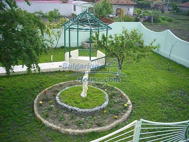 10849:17 - New furnished seaside house with a garden near Pomorie