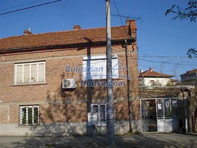 10851:4 - Nice two-storey house in the town center of Elhovo