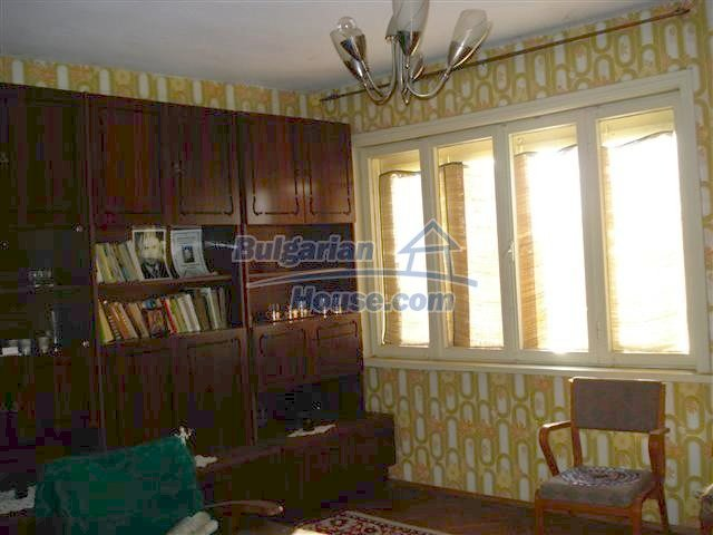 10851:8 - Nice two-storey house in the town center of Elhovo