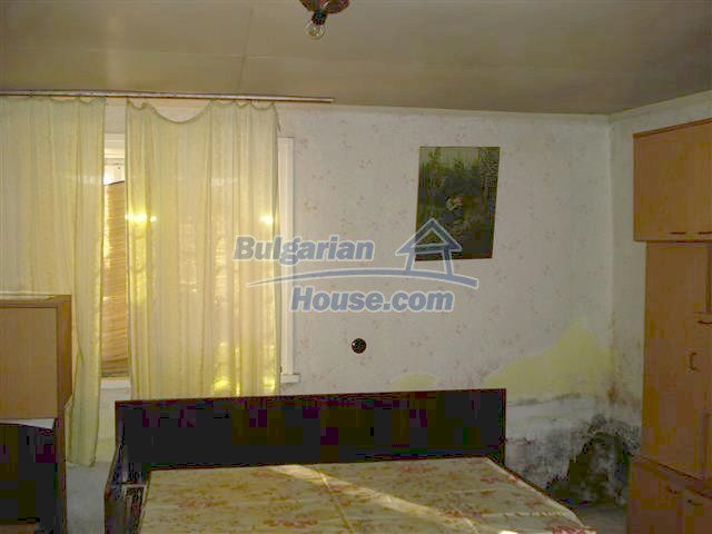 10851:11 - Nice two-storey house in the town center of Elhovo