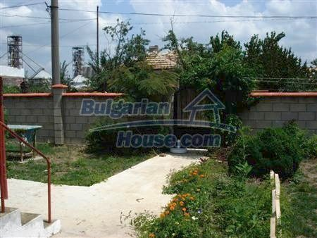 10858:9 - Furnished two-storey house with a garden near Varna