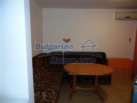 10865:1 - Fully furnished apartment only 20 meters from the sea