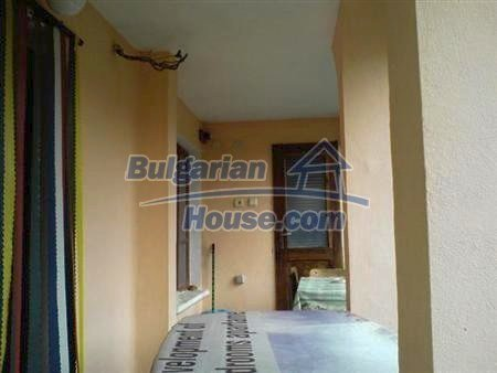 10883:6 - Beautiful three-storey house in Obzor