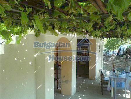 10883:7 - Beautiful three-storey house in Obzor