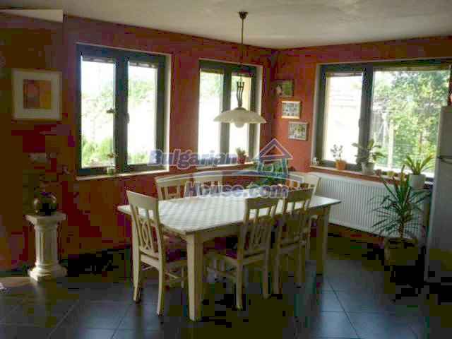 10893:6 - Property in a villa district close to the sea
