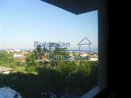 10896:6 - House with yard and beautiful sea view, Varna