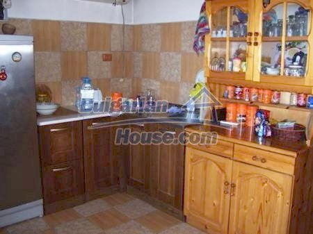 10898:1 - House in a popular residential area, sea view