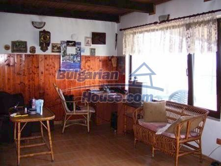 10898:4 - House in a popular residential area, sea view