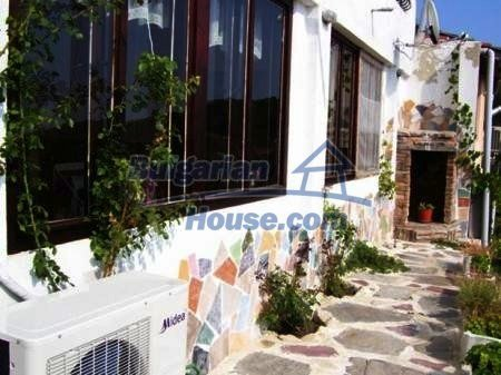 10898:7 - House in a popular residential area, sea view