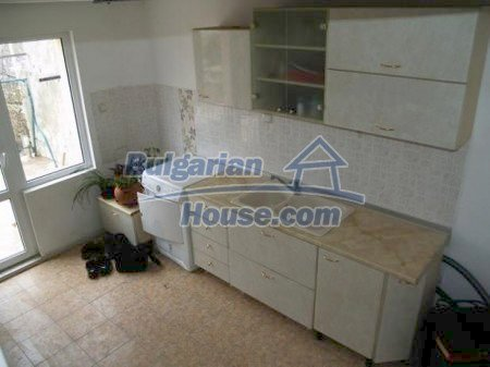 10900:5 - Thoroughly furnished house with a fireplace
