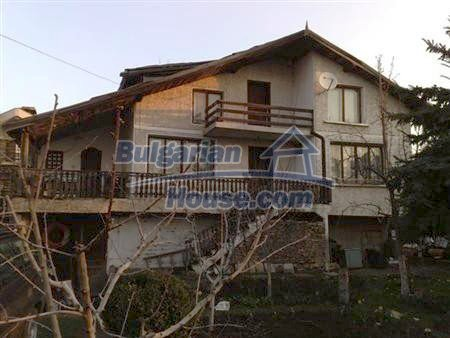 10901:1 - Cozy house with a big yard in Varna