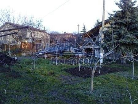 10901:2 - Cozy house with a big yard in Varna