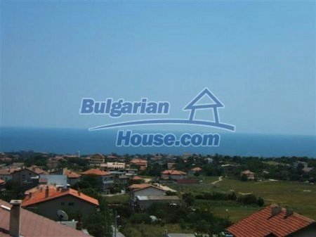 10902:9 - New two-storey house, 3 km away from the sea