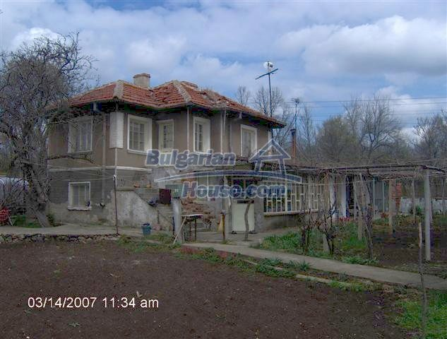 10919:1 - Solid brick-built house, ecologically clean area