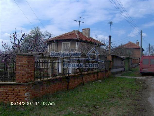 10919:3 - Solid brick-built house, ecologically clean area