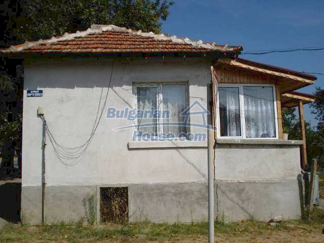 10920:2 - House with a big yard in Elhovo