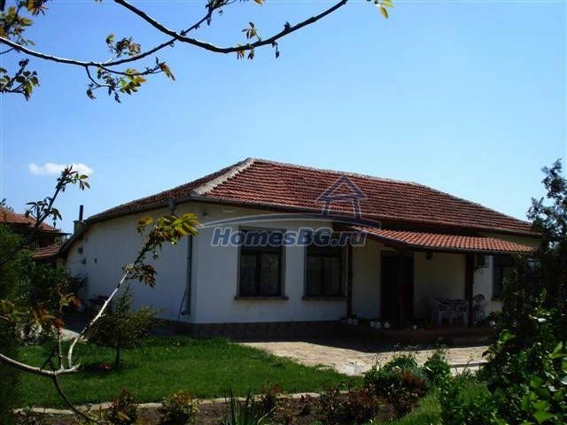 10933:1 - Renovated house for sale 5km from Yambol and big garden