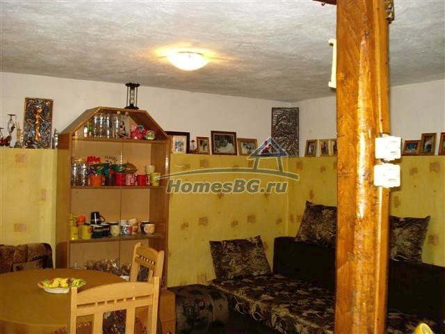 10933:13 - Renovated house for sale 5km from Yambol and big garden