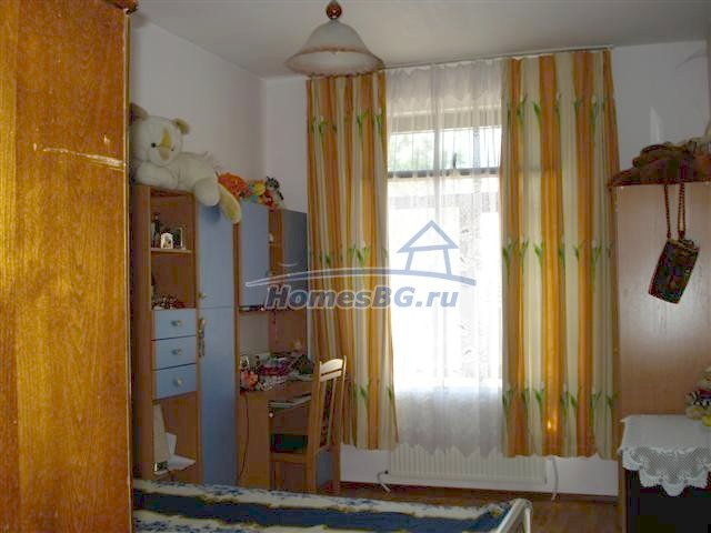 10933:7 - Renovated house for sale 5km from Yambol and big garden