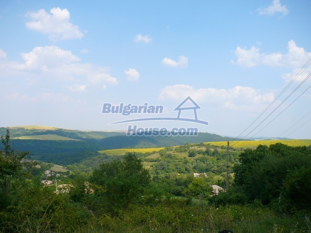 10280:31 - Buy Cheap Bulgarian house with stunning mountain view near lake