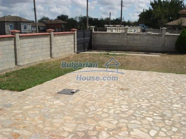 10941:7 - Coastal furnished house with a garden and a swimming pool