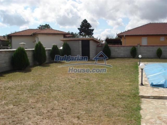10941:10 - Coastal furnished house with a garden and a swimming pool