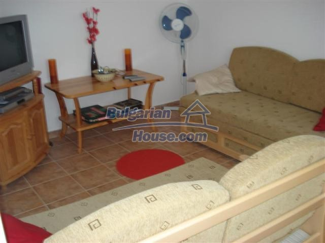 10941:15 - Coastal furnished house with a garden and a swimming pool