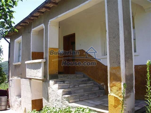 10961:1 - Cheap brick house near the sea with three bedrooms