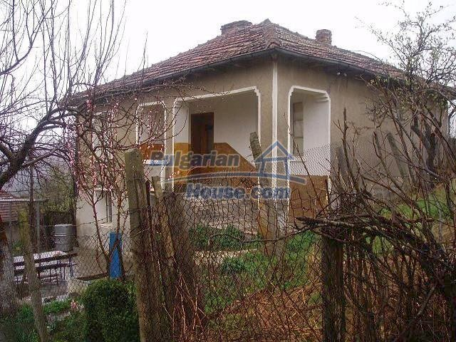 10961:3 - Cheap brick house near the sea with three bedrooms