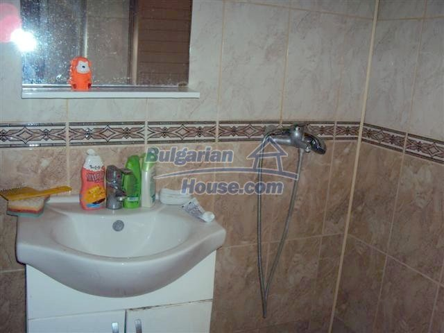 10964:9 - Well presented two-bedroom apartment in Elhovo