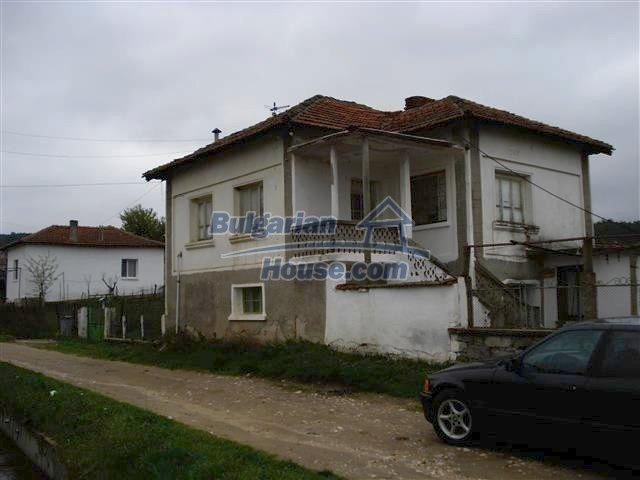 10970:1 - Cheap functional rural house in a peaceful region