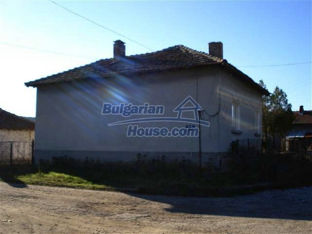 10971:3 - Bulgarian single-storey rural property in good condition