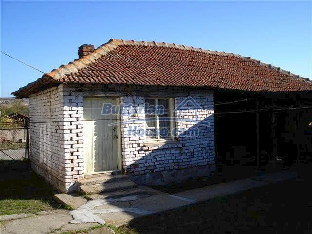 10971:13 - Bulgarian single-storey rural property in good condition