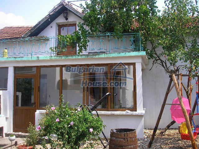 10975:3 - Lovely renovated rural houses, Yambol region